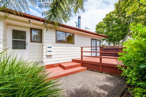 19 Lyren Place, Half Moon Bay, Auckland - NZL (photo 3)