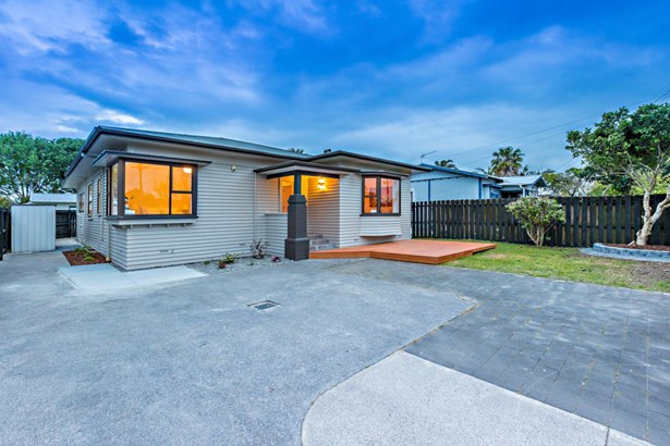 38 Earlsworth Road, Mangere, Auckland - NZL (photo 1)