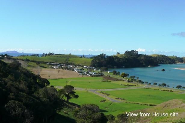 Whananaki North Road, Whananaki, Northland - NZL (photo 1)