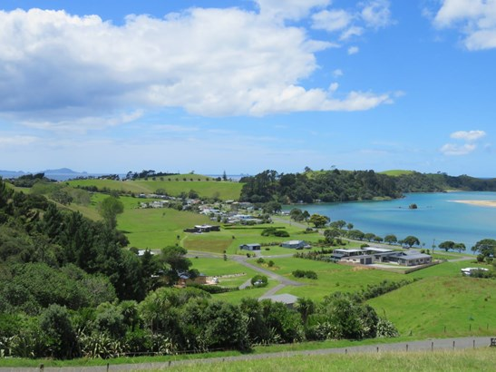 Whananaki North Road, Whananaki, Northland - NZL (photo 4)