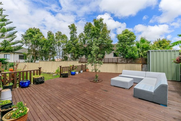 24 Rosses Place, Pinehill, Auckland - NZL (photo 3)