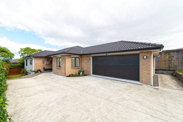 16a Waione Avenue, Te Atatu Peninsula, Auckland - NZL (photo 1)