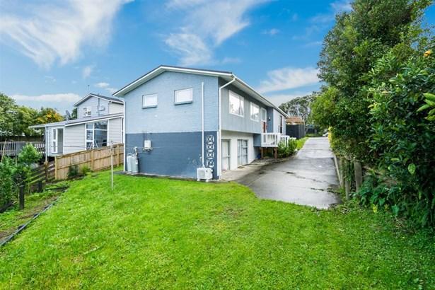 71 Ravenwood Drive, Forrest Hill, Auckland - NZL (photo 2)