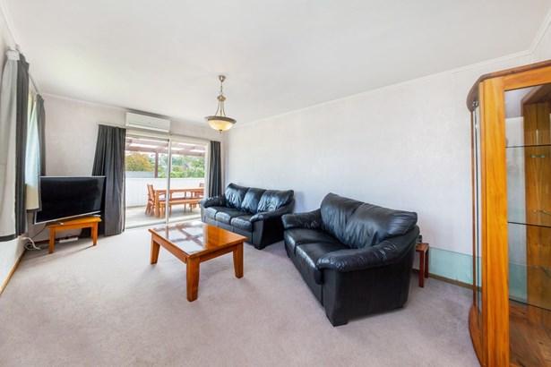 5 Maui Pomare Street, Blockhouse Bay, Auckland - NZL (photo 4)