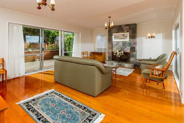 30 Grenada Avenue, Forrest Hill, Auckland - NZL (photo 5)