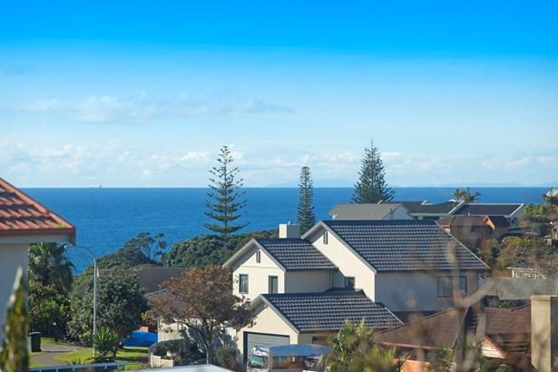 10 Burwood Terrace, Gulf Harbour, Auckland - NZL (photo 4)