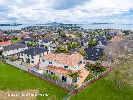 7 Villa Court, Eastern Beach, Auckland - NZL (photo 1)