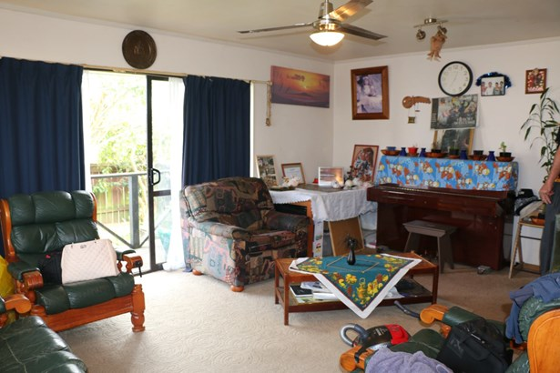 67b Redcrest Avenue, Red Hill, Auckland - NZL (photo 2)