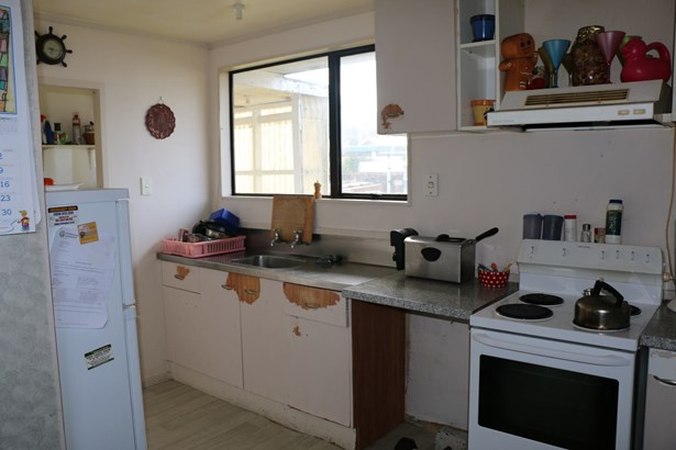 67b Redcrest Avenue, Red Hill, Auckland - NZL (photo 4)