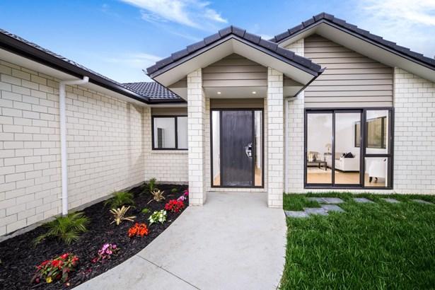 15 Paitry Place, Swanson, Auckland - NZL (photo 5)