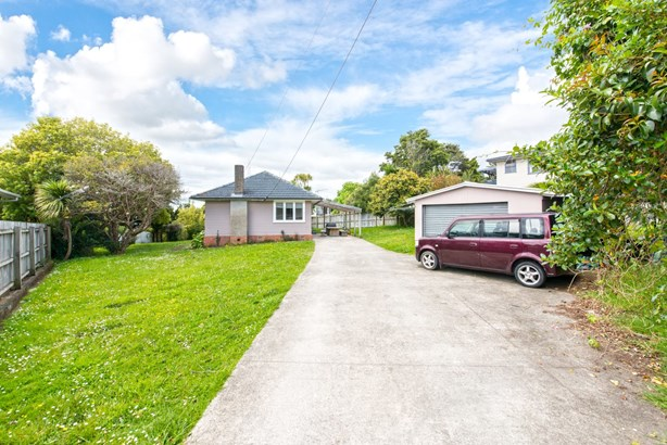 27 Paton Avenue, Te Atatu South, Auckland - NZL (photo 1)