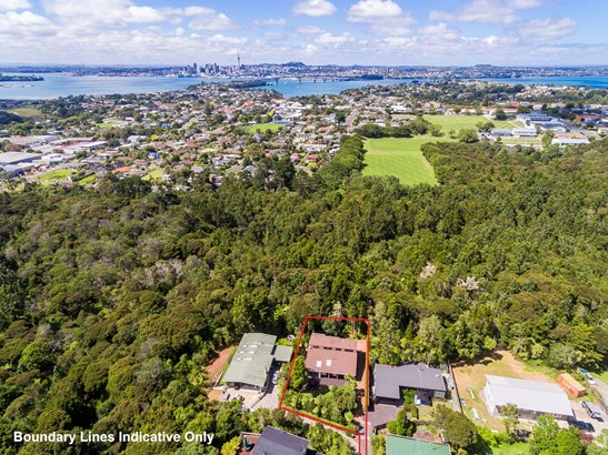 8 Raymond Terrace, Northcote, Auckland - NZL (photo 2)