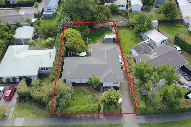 7 Farringdon Street, Glen Innes, Auckland - NZL (photo 2)