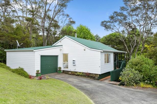 32a Fairmount Road, Titirangi, Auckland - NZL (photo 1)