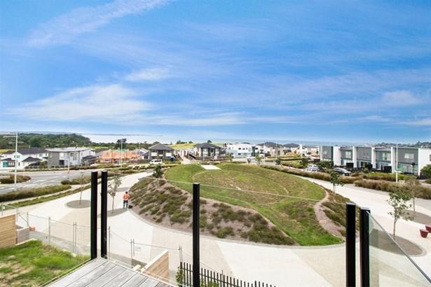 2 Cavalli Road, Long Bay, Auckland - NZL (photo 3)
