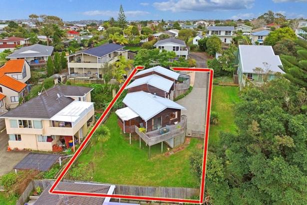 2/36 Knightsbridge Drive, Forrest Hill, Auckland - NZL (photo 2)