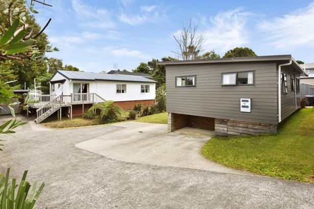49a Vincent Street, Howick, Auckland - NZL (photo 1)
