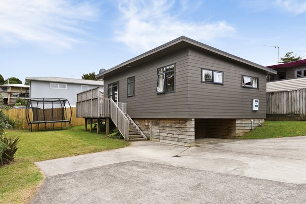 49a Vincent Street, Howick, Auckland - NZL (photo 4)