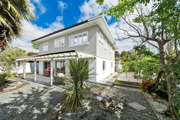 1/12 St Leonards Road, Mt Eden, Auckland - NZL (photo 2)