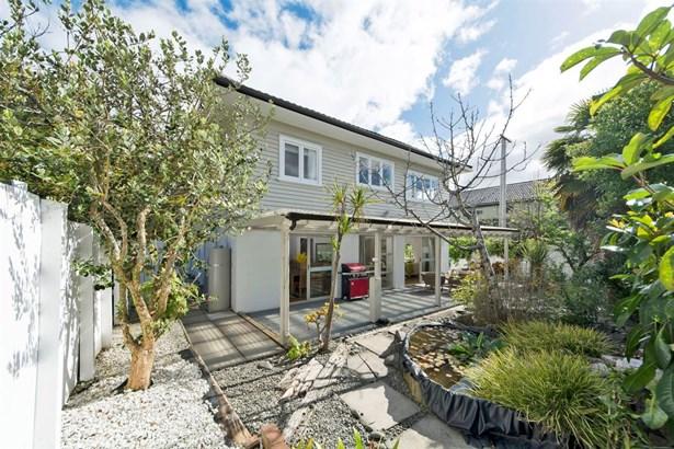 1/12 St Leonards Road, Mt Eden, Auckland - NZL (photo 4)