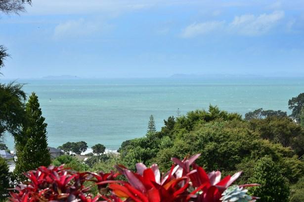 23 Cochrane Avenue, Arkles Bay, Auckland - NZL (photo 4)