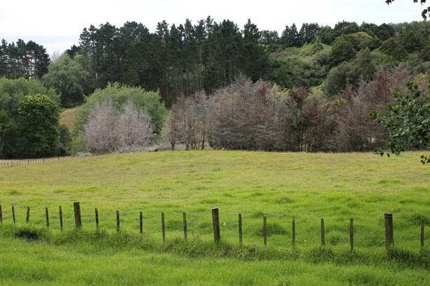 292 Flat Bush School Road, Flat Bush, Auckland - NZL (photo 2)