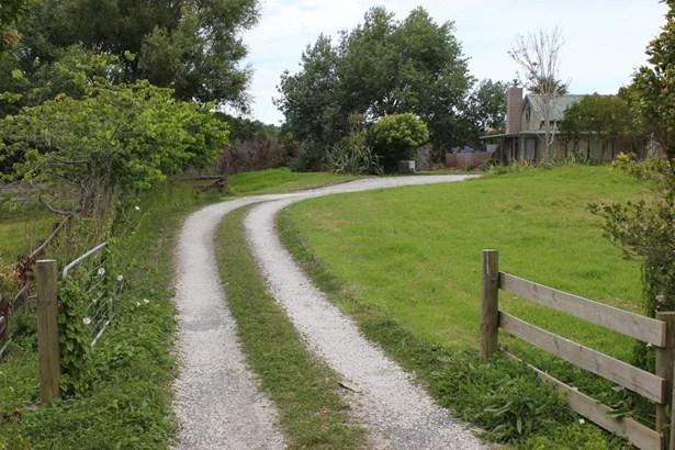292 Flat Bush School Road, Flat Bush, Auckland - NZL (photo 4)