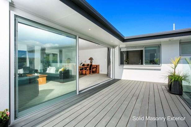 2/455 Beach Road, Murrays Bay, Auckland - NZL (photo 2)