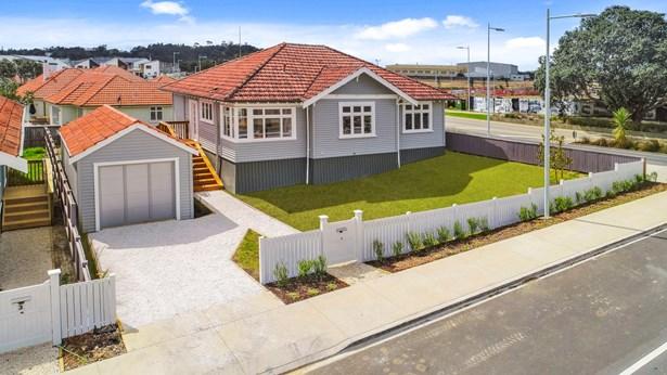 1 Cochrane Road, Hobsonville, Auckland - NZL (photo 2)