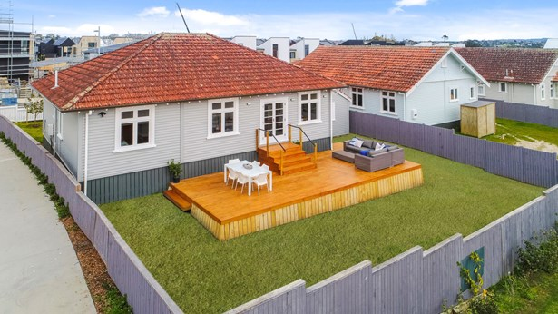 1 Cochrane Road, Hobsonville, Auckland - NZL (photo 4)