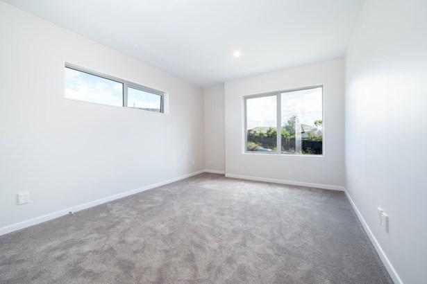 25a Westgate Drive, Westgate, Auckland - NZL (photo 3)