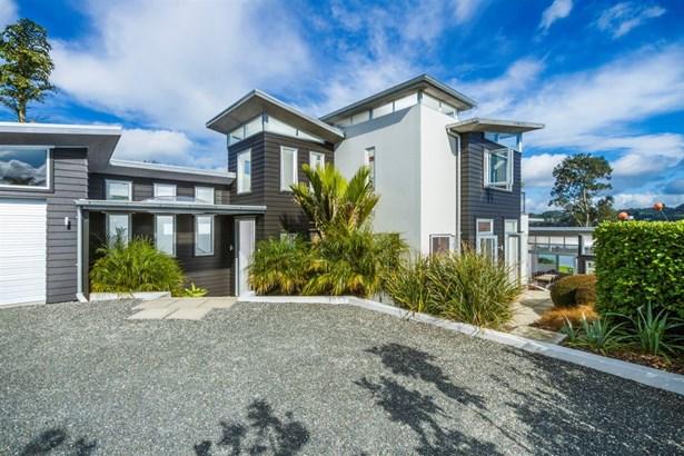 33 Waimarie Road, Whenuapai, Auckland - NZL (photo 4)
