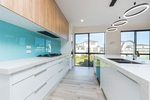 6 Moko Lane, Greenhithe, Auckland - NZL (photo 3)