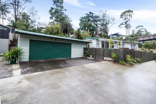 131g Rosier Road, Glen Eden, Auckland - NZL (photo 2)