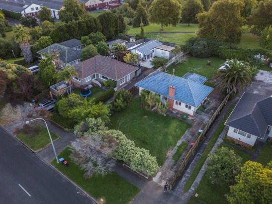 67 Line Road, Glen Innes, Auckland - NZL (photo 2)