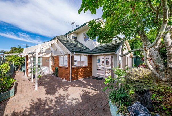 1/74 Cook Street, Howick, Auckland - NZL (photo 4)