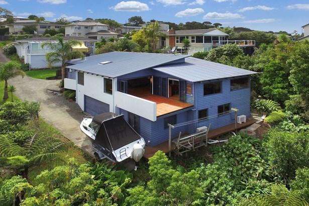 2/37 Sea Vista Avenue, Beach Haven, Auckland - NZL (photo 1)