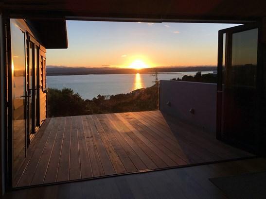 2/37 Sea Vista Avenue, Beach Haven, Auckland - NZL (photo 5)