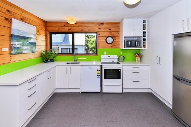 88 Wattle Farm Road, Wattle Downs, Auckland - NZL (photo 4)