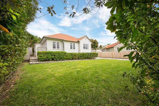 16 Ewenson Avenue, Greenlane, Auckland - NZL (photo 2)