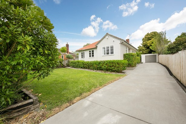 16 Ewenson Avenue, Greenlane, Auckland - NZL (photo 3)