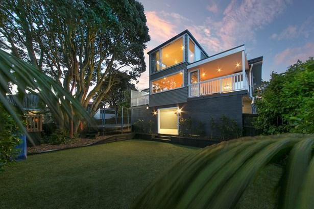 124 Golf Road, New Lynn, Auckland - NZL (photo 1)