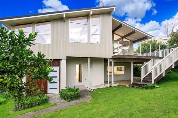 6 Asbury Crescent, Campbells Bay, Auckland - NZL (photo 2)