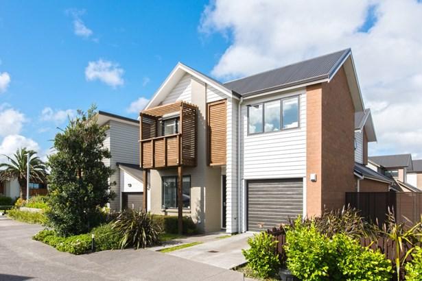 2 Harvard Street, Hobsonville, Auckland - NZL (photo 1)