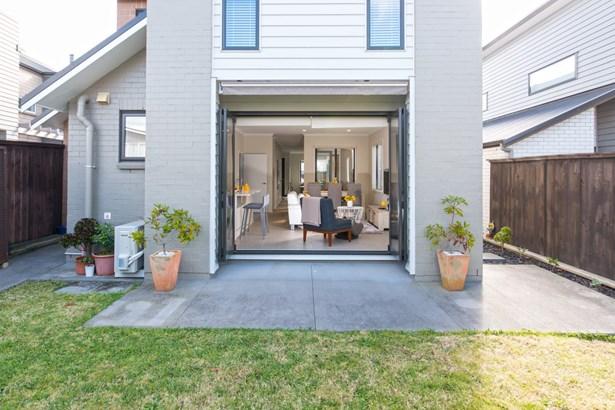 2 Harvard Street, Hobsonville, Auckland - NZL (photo 2)