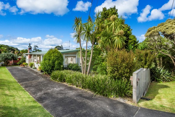 25 Rewi Street, Torbay, Auckland - NZL (photo 1)