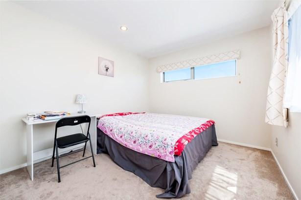 10a Kaikoura Street, Henderson, Auckland - NZL (photo 2)