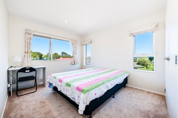 10a Kaikoura Street, Henderson, Auckland - NZL (photo 3)