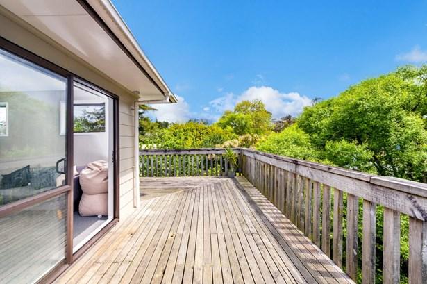 12a Sabulite Road, Kelston, Auckland - NZL (photo 1)