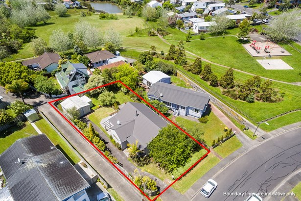 5 Tetrarch Place, Totara Vale, Auckland - NZL (photo 2)